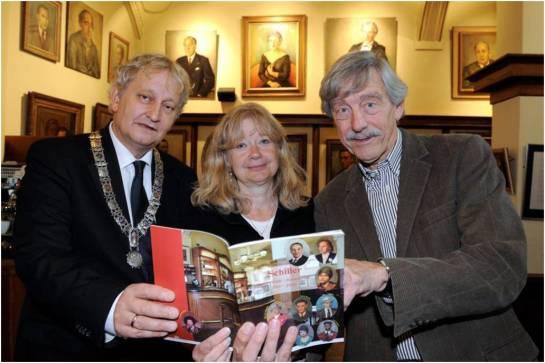 Eberhart van der Laan, Esther Schreuder, Bob Schiller